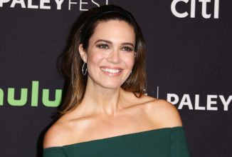 Mandy Moore Strikes Gold in Emerald Green