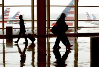 American Airlines shuffles top staff after key customer service executive steps down