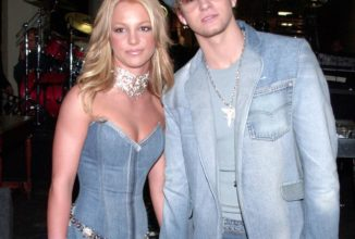 Britney Spears and Justin Timberlake's Denim Look and More OMG Couples Moments at American Music Awards